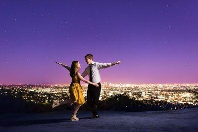 This couple did a La La Land themed photoshoot to celebrate their engagement
