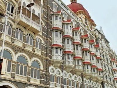 Mumbai is a cycle of sights and sounds you can't get bored of