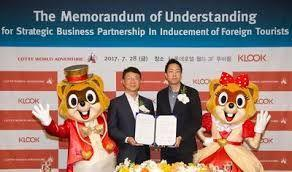 Klook signs MoU with Lotte World and Incheon Tourism Organization