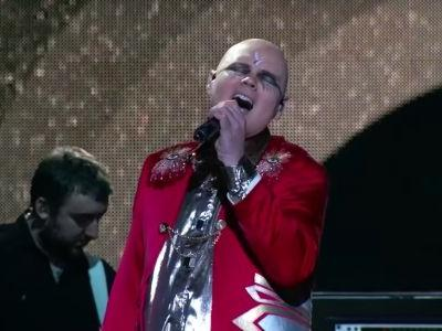 Watch The Smashing Pumpkins Go All-The-Way Arena Rock On Kimmel