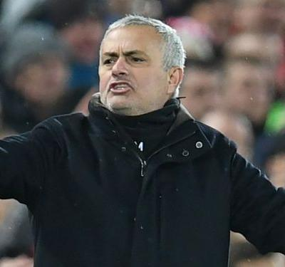 Mourinho insists he has backing of Man Utd's players: 'I believe they are honest'