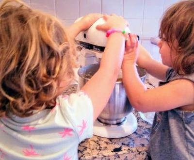 Yael Friedman, Founder of Kitch'N Giggles, Offers Tips for Families with Younger Children to Get Cooking