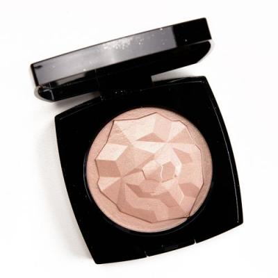 Chanel Or Rose Le Signe du Lion Illuminating Powder Review, Photos, Swatches