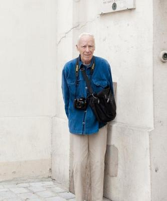 Bill Cunningham once streaked in front of Jerry Hall