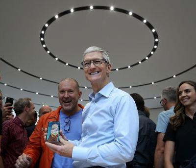 Apple has $200 billion to play with - here's what it might do with all its overseas cash