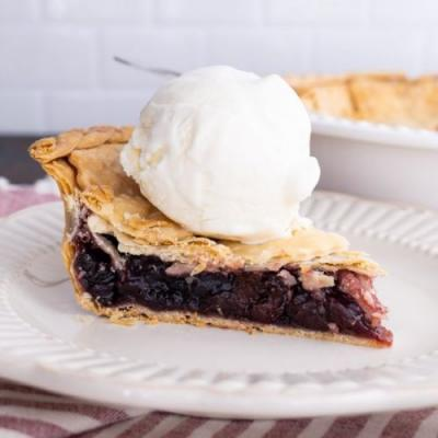 Grandma's Cherry Pie