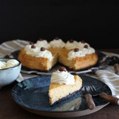 Espresso Cheesecake with Kahlúa Whipped Cream