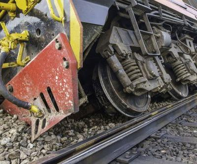 Four injured after trains collide in Kentucky