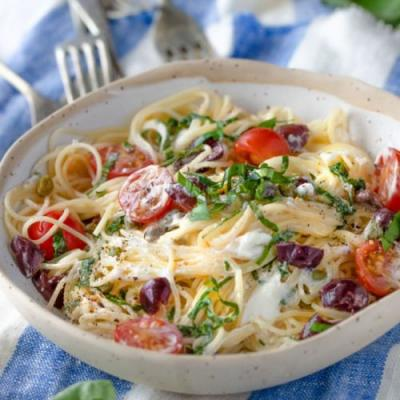 Quick Summer Pasta with Goat Cheese