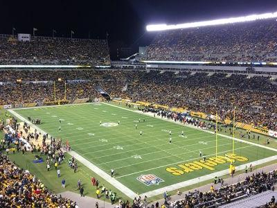 Pittsburgh Steelers lead Baltimore Ravens 20-14 at halftime