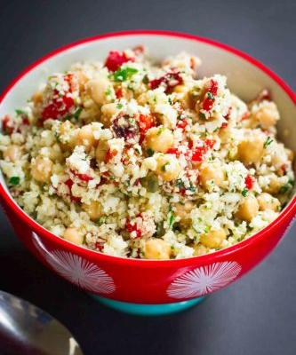 Mediterranean Grated Cauliflower Salad Recipe {Vegan}