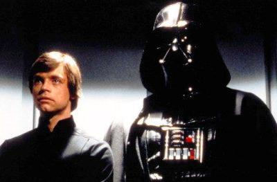 Mark Hamill Sends the Perfect Star Wars Tweet for Father's