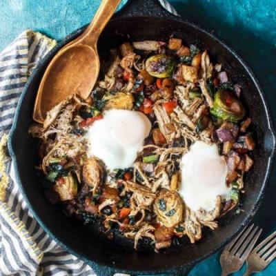 Low-Carb Pulled Pork Breakfast Hash