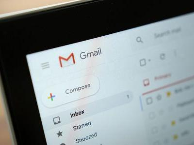 Smart Compose rolling out to G Suite as new Gmail becomes default next month