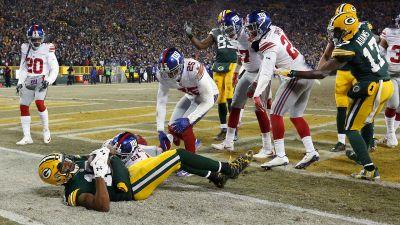 Gotta See It: Packers stun Giants with Hail Mary TD as first half ends
