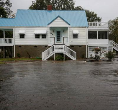 More than 1.2 million homes in North and South Carolina sit outside government-designated flood zones, and that could lead to vast uninsured losses during Tropical Storm Florence, report says