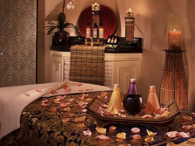 3 Las Vegas Spas For Spring Treatments And Cocktails