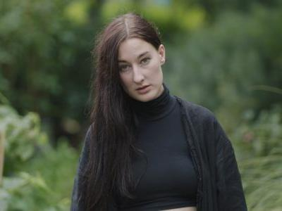 """Here's Zola Jesus Playing """"Soak"""" In the Middle of a Busy Intersection"""
