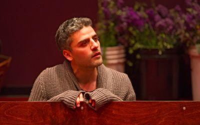 Oscar Isaac wrestles daringly with Hamlet