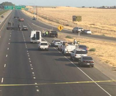 All lanes of NB Interstate 5 shut down after deadly crash