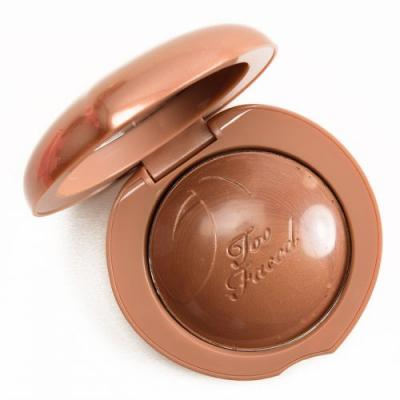 Too Faced Toasted Peach Bronzed Peach Melting Powder Bronzer Review, Photos, Swatches