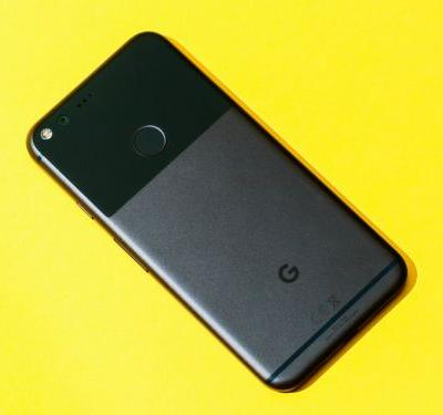 Photos of Google's new Pixel 2 and Pixel 2 XL smartphones just leaked