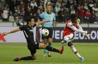 Arsenal, Man United open Europa League with wins