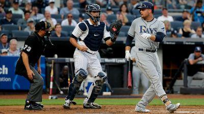 Rays' Duda finds himself in new uniform at Yankee Stadium