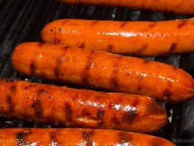 Eating a lot of processed meat increases your risk of non-alcoholic fatty liver disease and insulin resistance