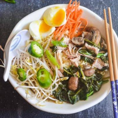 Instant Pot Chicken & Spinach Ramen
