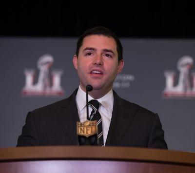 NFL owners manage to make Jed York look good