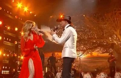 You Can Actually Feel the Electricity Between Faith Hill and Tim McGraw During Their CMAs Duet