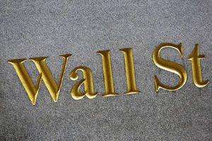 US stock indexes hold steady as the price of oil steadies