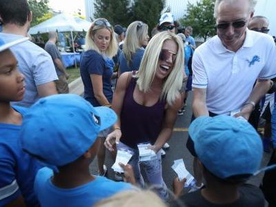 Kelly Stafford, wife of Lions quarterback, 'learning new normal' after 12-hour brain surgery