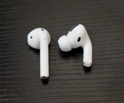 Apple simplifies switching and beefs up sound quality in upcoming AirPods update