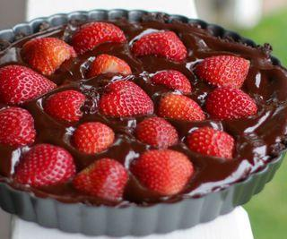 Gluten and Dairy Free No-Bake Chocolate Strawberry Tart