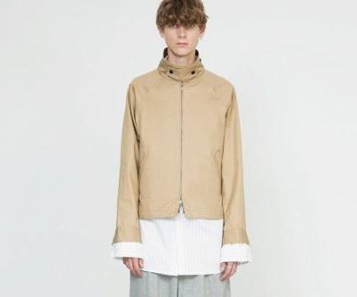 Juha Explores Loose Fitting Garments With 2018 Spring/Summer Collection