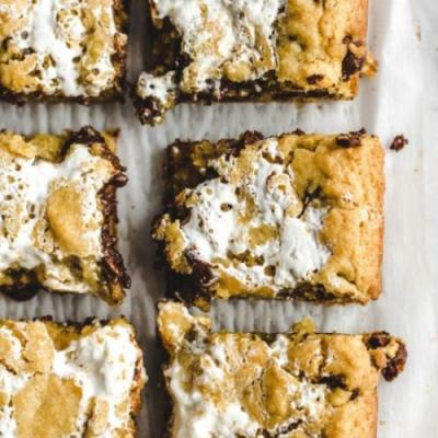Marshmallow cho chip cookie bars