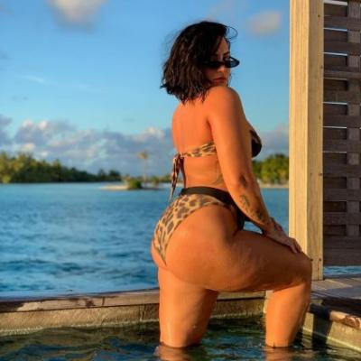 Demi Lovato Reveals the Story Behind Her Viral, Unedited Bikini Photo: 'I've Always Done the Sexy Route'