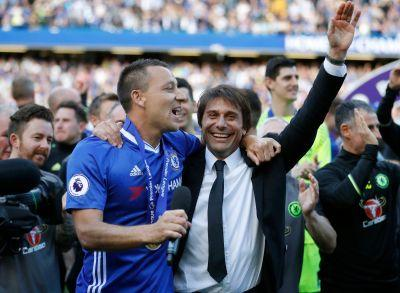Chelsea seeks double, Arsenal looking for redemption
