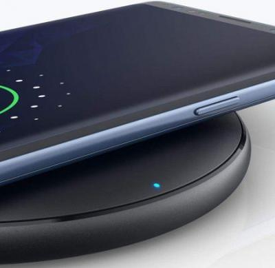 Everyone's favorite Anker fast wireless charging pad is still on sale for $8.99
