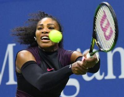 Serena eyes 'outrageous' Australian Open return