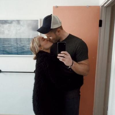 These Pictures Of Colton Underwood & Cassie Randolph Together Are Pretty Steamy