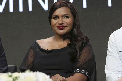 Pregnant Mindy Kaling 'can't wait to criticize other parents'
