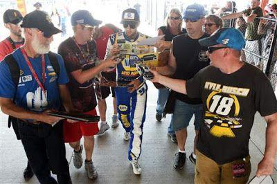 Chase Elliott is 10/1 to win 2019 Quaker State 400 at Kentucky