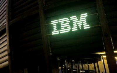 Cloud strength pushes IBM to sales growth after a year of declines