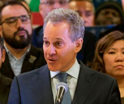 New York Attorney General Schneiderman resigns amid accusations of physical abuse