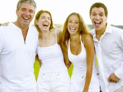 Want to look better instantly? Smile more study shows happy people are more attractive