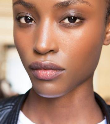 Everything You Need to Know About PHAs, the Most Underrated Skin Exfoliant