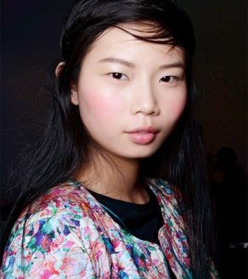 How to Achieve the Perfect Summer Blush